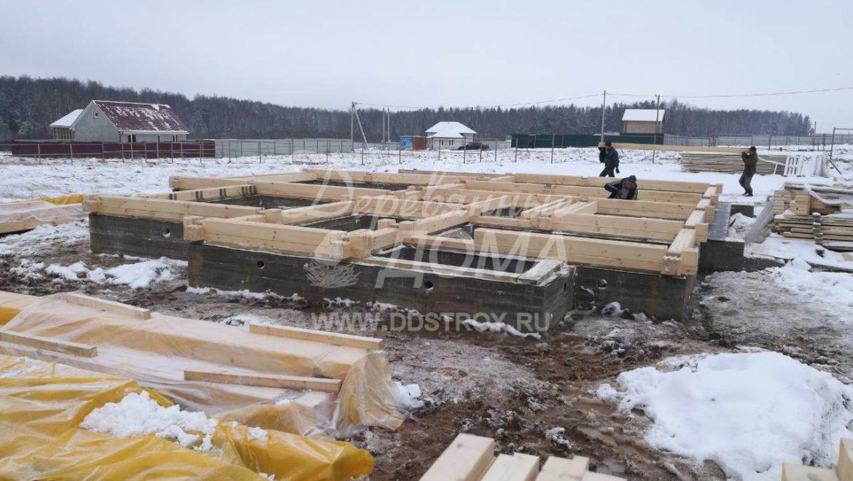 Начаты работы по строительству дома из клееного бруса в д. Кукарино (19.12.2017)