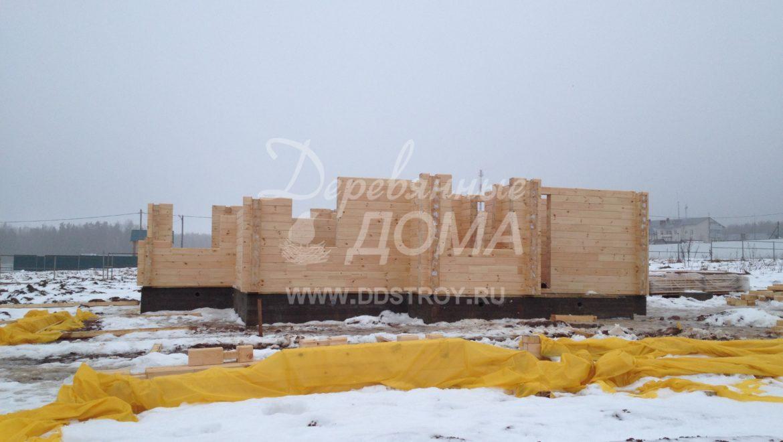 Продолжаются работы по строительству дома из клееного бруса в д. Кукарино (30.12.2017)