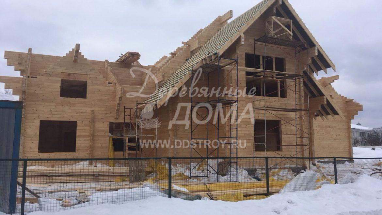 Продолжаются работы по строительству Гостевого дома в д. Песочнево (2.04.2018)