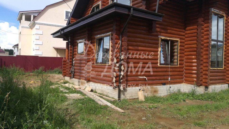 Ведутся работы по конопатке жилого дома в д. Афанасово(10.07.2018)