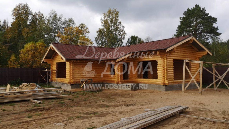 Завершена покраска фасадов бани из оцилиндрованного бревна  в п. Ново-Талицы (21.09.2018)