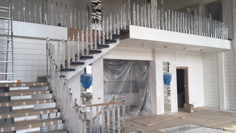 Продолжаются внутренние отделочные работы в доме из клееного бруса в д. Песочнево (20.08.2019)