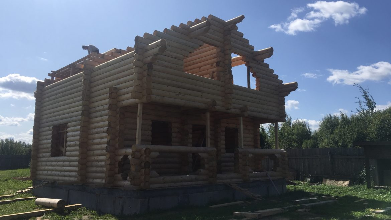 Завершен монтаж деревянного комплекта жилого дома из оцилиндрованного бревна в д. Анкудиново (24.08.2019)