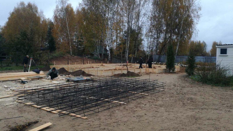 Устройство фундамента жилого дома из клеенного бруса в Тверской области (09.10.2019)
