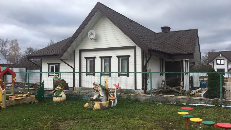 Завершен монтаж каркасного дома в д. Песочнево. Основное предназначение — дом охраны (15.10.2019)
