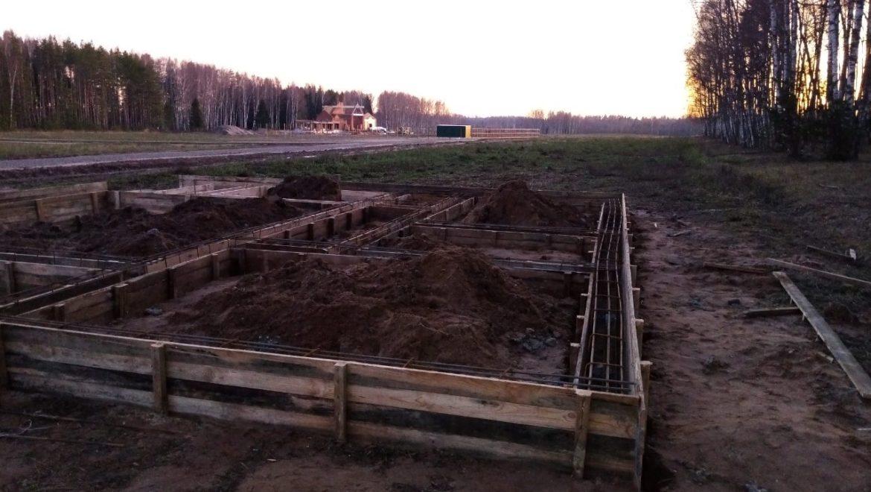 Ход работ по устройству фундамента под жилой дом из клеенного бруса в д. Худынино (14.11.2019)