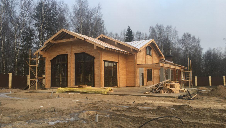 Завершен монтаж окон в бане из клееного бруса в д. Кривцово (26.12.2019)