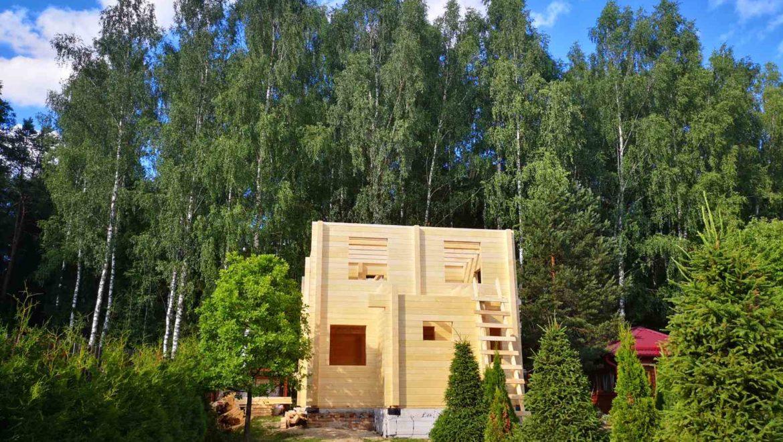 Ход работ по монтажу деревянного комплекта жилого дома из клееного бруса в п. Березовая роща (07.07.2020)