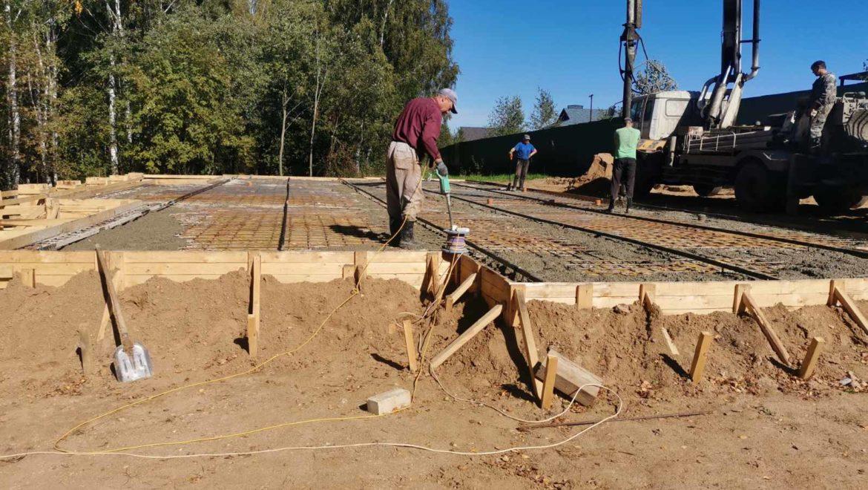 Устройство фундамента под жилой дом из клеенного бруса в п. Говядово (03.09.2020)