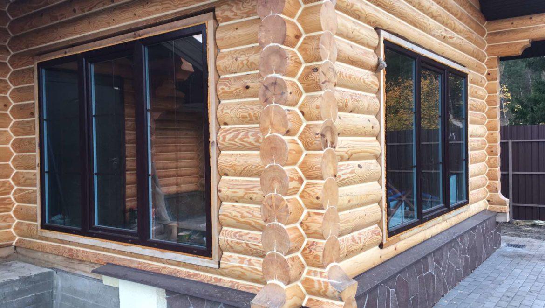 Завершены работы по герметизации наружных швов бани из оцилиндрованного бревна в м. Ново-Талицы (16.10.2020)