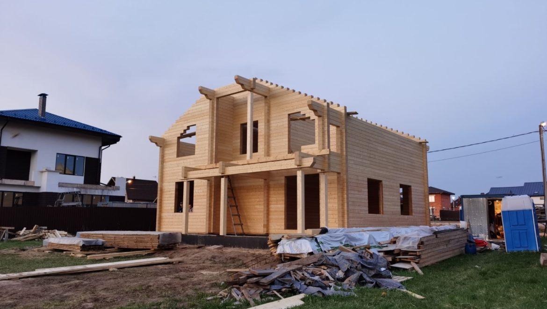 Завершена сборка деревянного комплекта жилого дома из клеенного бруса в поселке «Сиеста», Домодедово (14.05.2021)