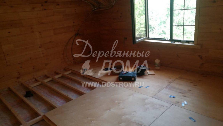 Продолжаются отделочные работы в доме из клееного бруса в д. Песочнево (14.08.2018)
