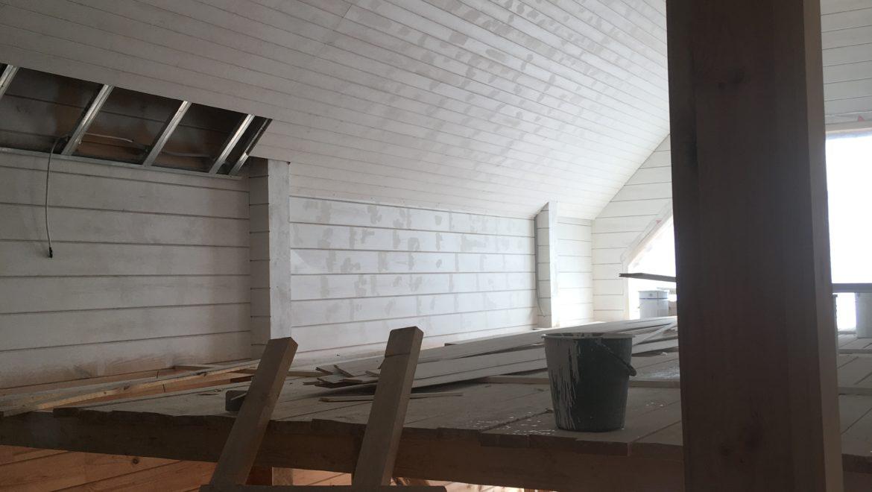 Продолжаются внутренние отделочные работы в доме из клееного бруса в д. Песочнево(01.04.2019)