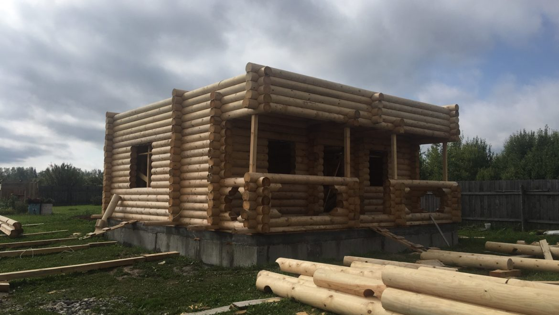 Монтаж жилого дома из оцилиндрованного бревна в д. Анкудиново (17.08.2019)