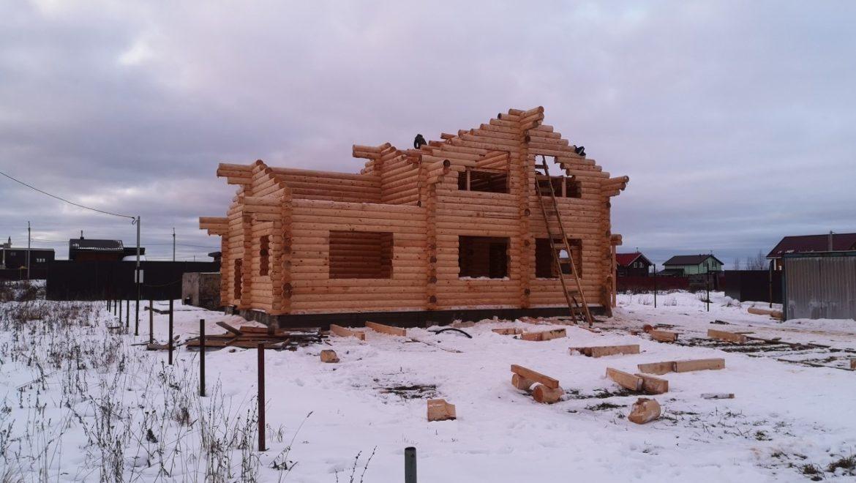 Завершена сборка деревянного комплекта жилого дома из оцилиндрованного бревна в д. Дегтярево (13.01.2019)