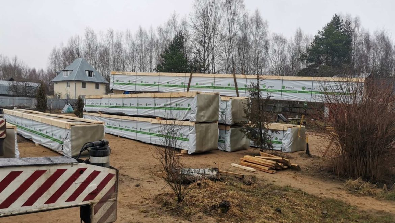 Доставка деревянного комплекта жилого дома из клееного бруса, по проекту «Слобода» — 234 м2, на строительный объект. (11.03.2020)